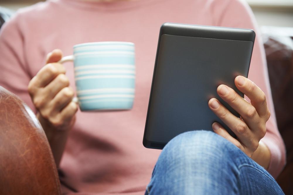 전자책만 읽는 독자는 전체 미국인의 6%에 불과하다.