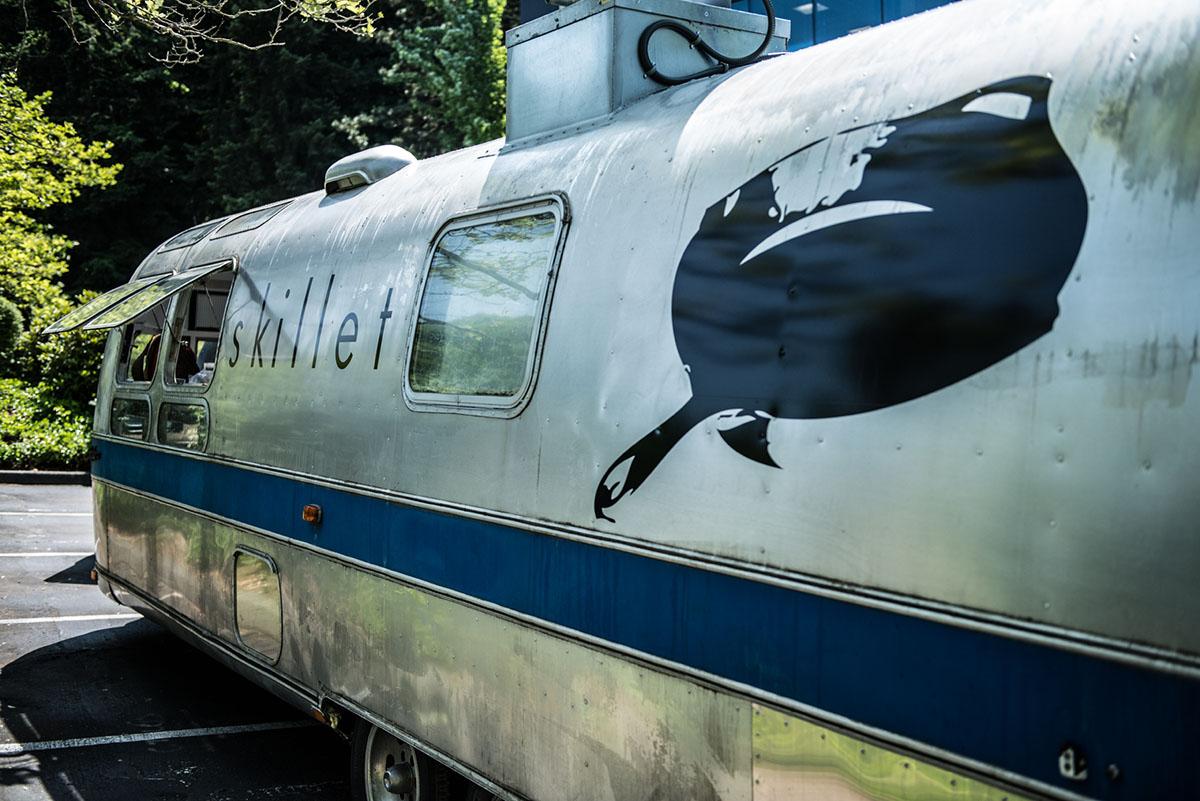스킬렛 다이너 초창기의 푸드 트럭 (Air stream) ©스킬렛 다이너 홈페이지 (바로가기)
