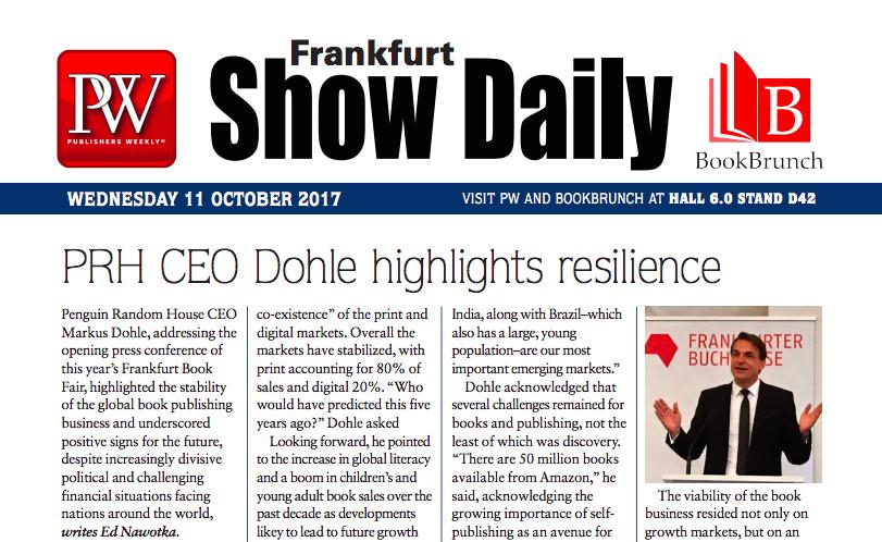 프랑크푸르트 북페어 행사장에서 특별 배포하는 <PW Frankfurt Show Daily> ©PW