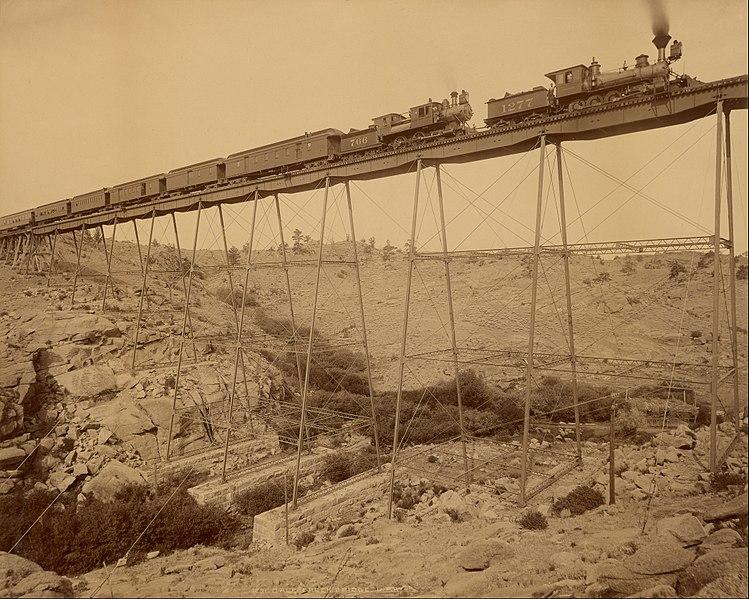 철도산업은 19세기 후반 장기 호황의 토대로서 산업자본주의 사회로의 본격적인 사회 재편을 이끌었다. ⓒWikimedia Commons