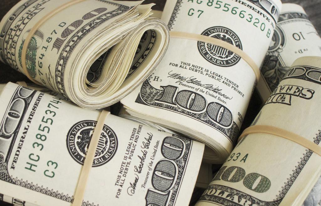 돈은 중립적인 수단이지만, 어디로 흘러가느냐에 따라 다른 의미를 갖는다.