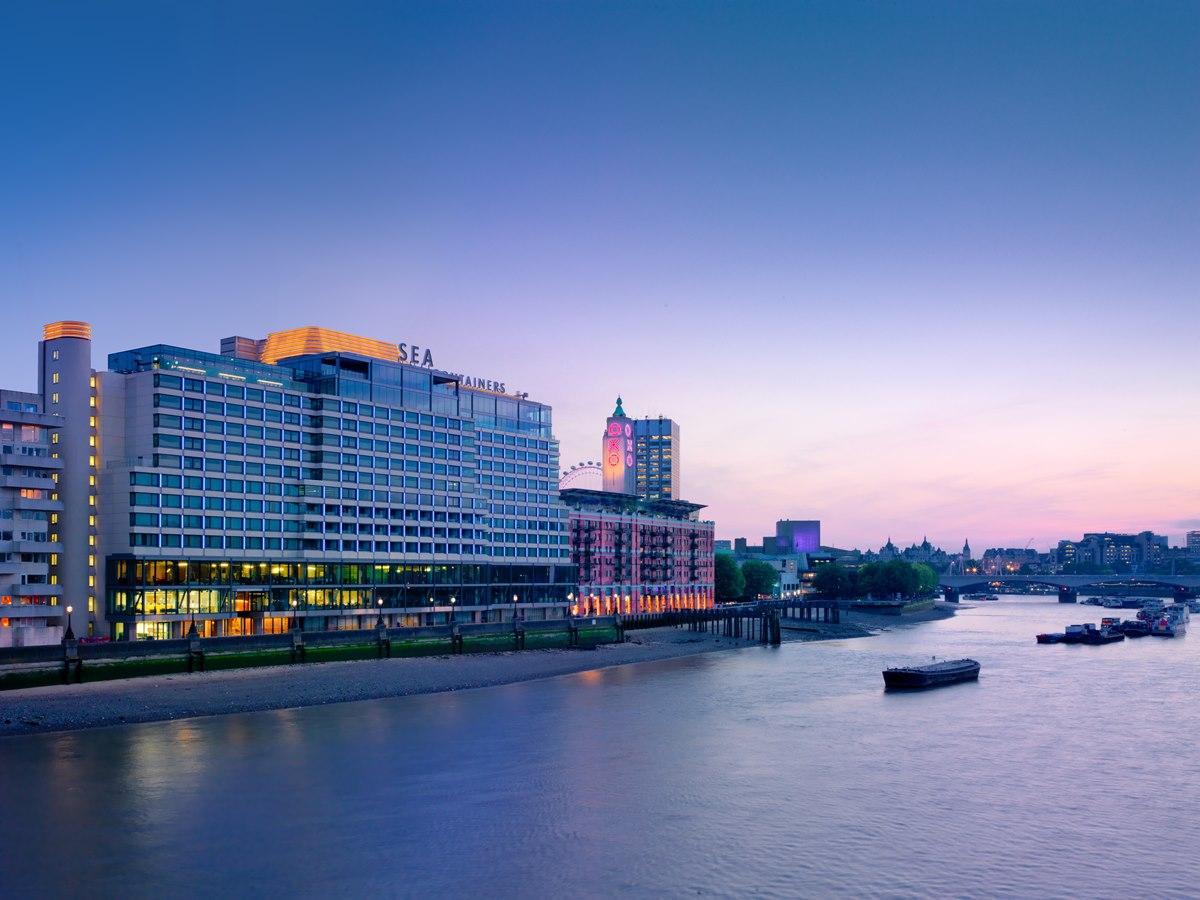 런던 사우스 뱅크(South Bank)에 위치한 몬드리안의 외부 전경 ©MONDRIAN LONDON