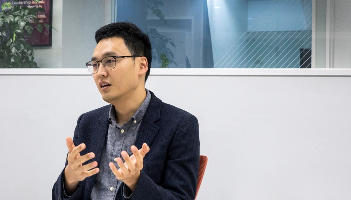 한국의뉴칼라: 이승건(비바리퍼블리카)
