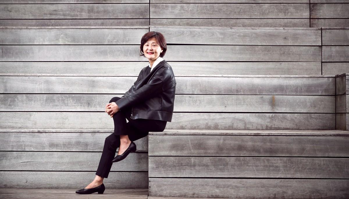 한국의뉴칼라: 문효은(아트벤처스)
