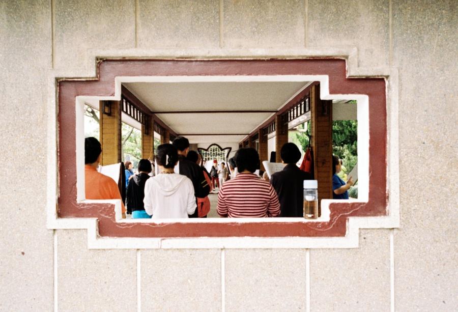 주말에 장펑공원(长风公园)에서 합창 연습하는 사람들 ⓒ김송은