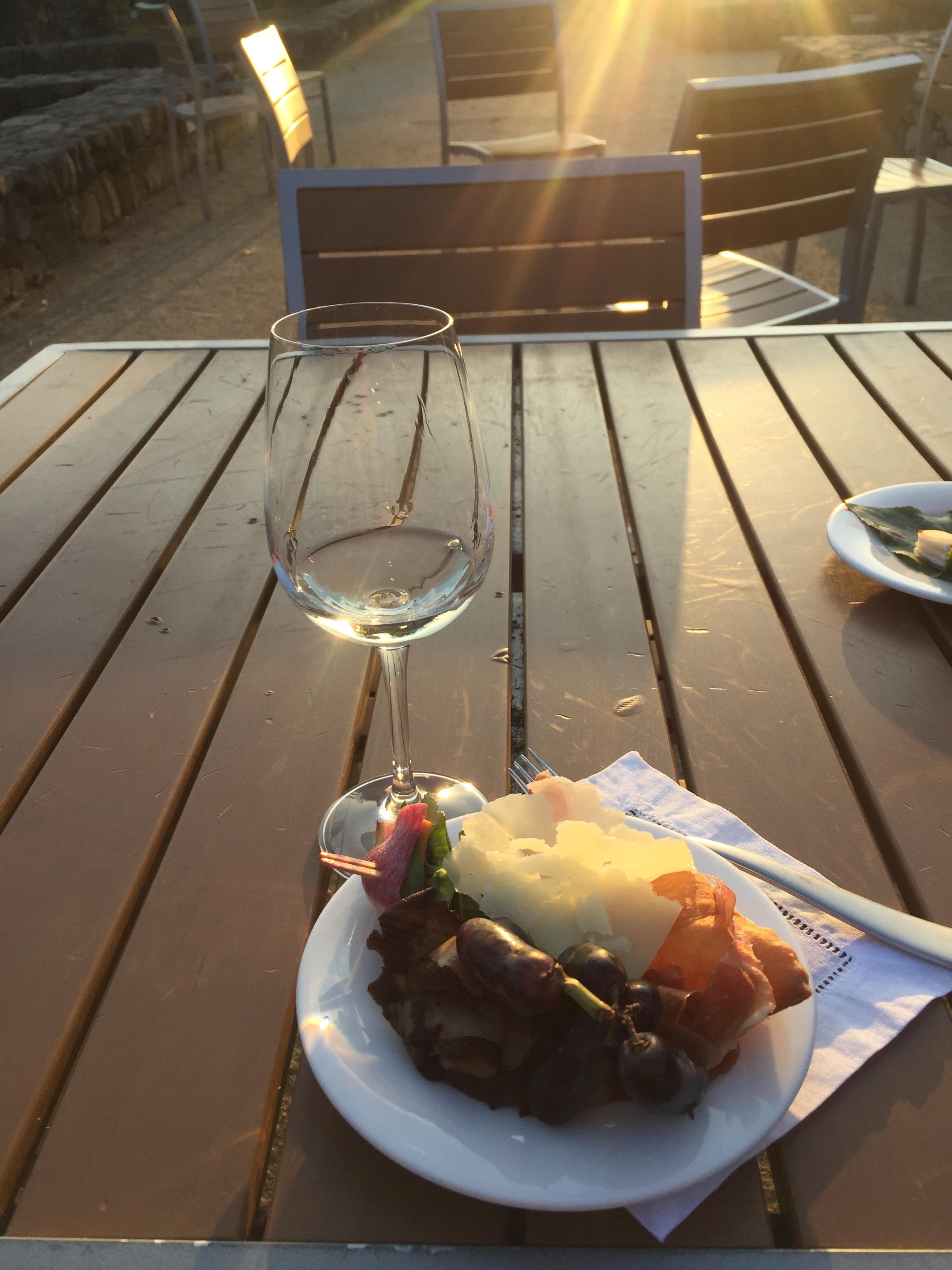구글 리셉션에서 즐겼던 버섯과 파마산 치즈, 나파밸리 포도와 와인 ⓒ이분영