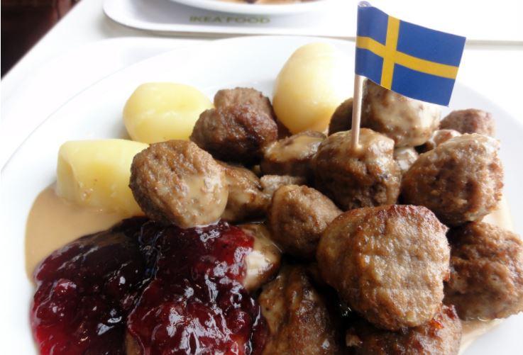 스웨덴 음식이라면 가장 먼저 떠오르는 음식이 되어버린 이케아의 미트볼. 실제로 스웨덴 음식 수출의 90%는 이케아를 통해 이루어지고 있다. ©IKEA