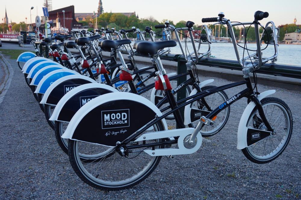 우수한 자전거 인프라를 보유한 스웨덴에서 Hövding이 탄생한 것은 우연이 아닐 것이다. 시내 곳곳에 자전거 대여소가 있어, 자전거 이용 시 원래 자리에 반납할 필요 없이 다른 대여소에 반납하면 된다.