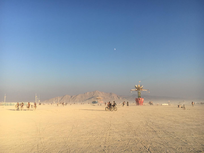 아무것도 없는 사막에서 일주일간 도시가 생깁니다.  ©정혜윤