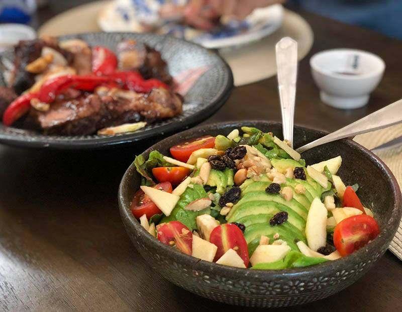고기와 싱싱한 해산물로 마련한 우리의 저녁 식사 ⓒ최두옥
