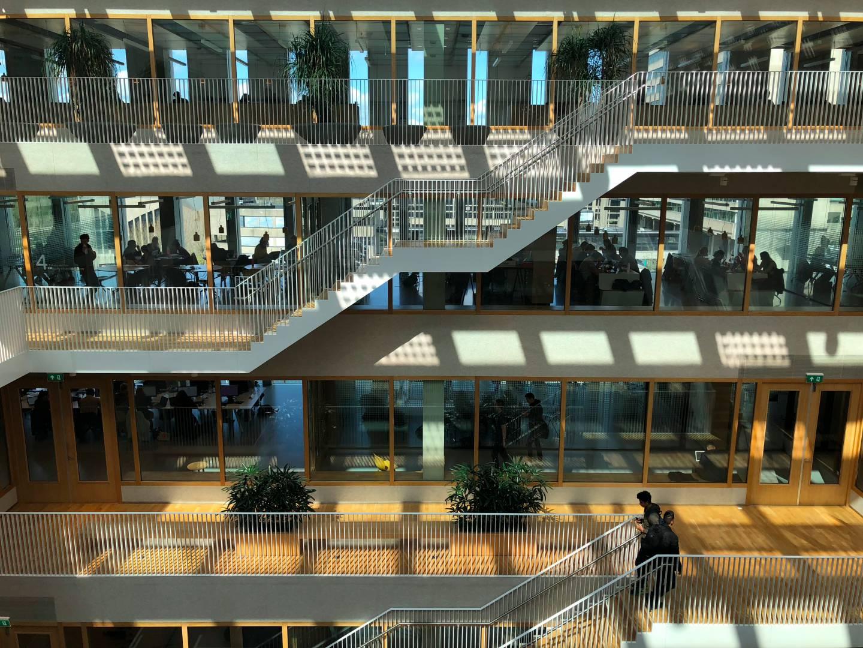 네덜란드 에라스무스 대학의 최식신 도서관 ⓒ최두옥
