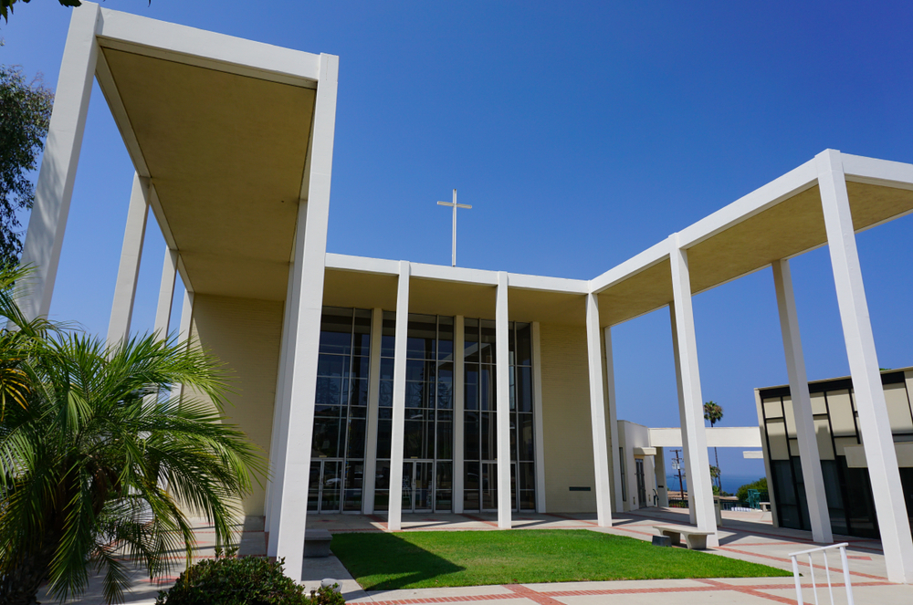 리처드 뉴트라가 1958년에 디자인한 교회 ©Shutterstock