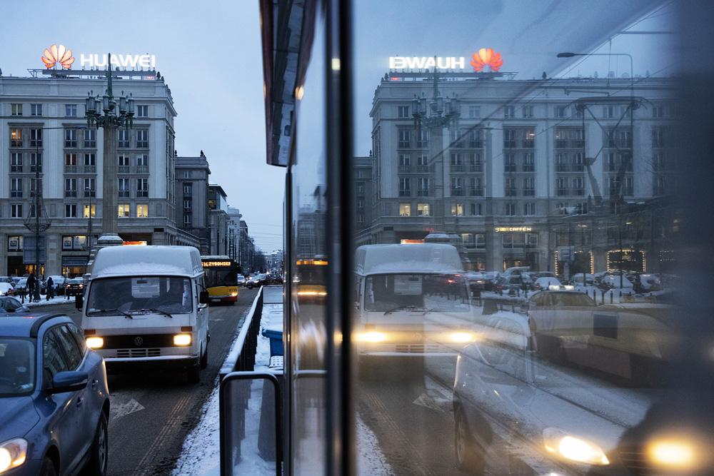 화웨이 바르샤바 지사. 최근 미국은 5G 네트워크 구축에 화웨이를 배제하도록 폴란드 정부를 압박했다. ⓒMaciek Nabrdalik for The New York Times