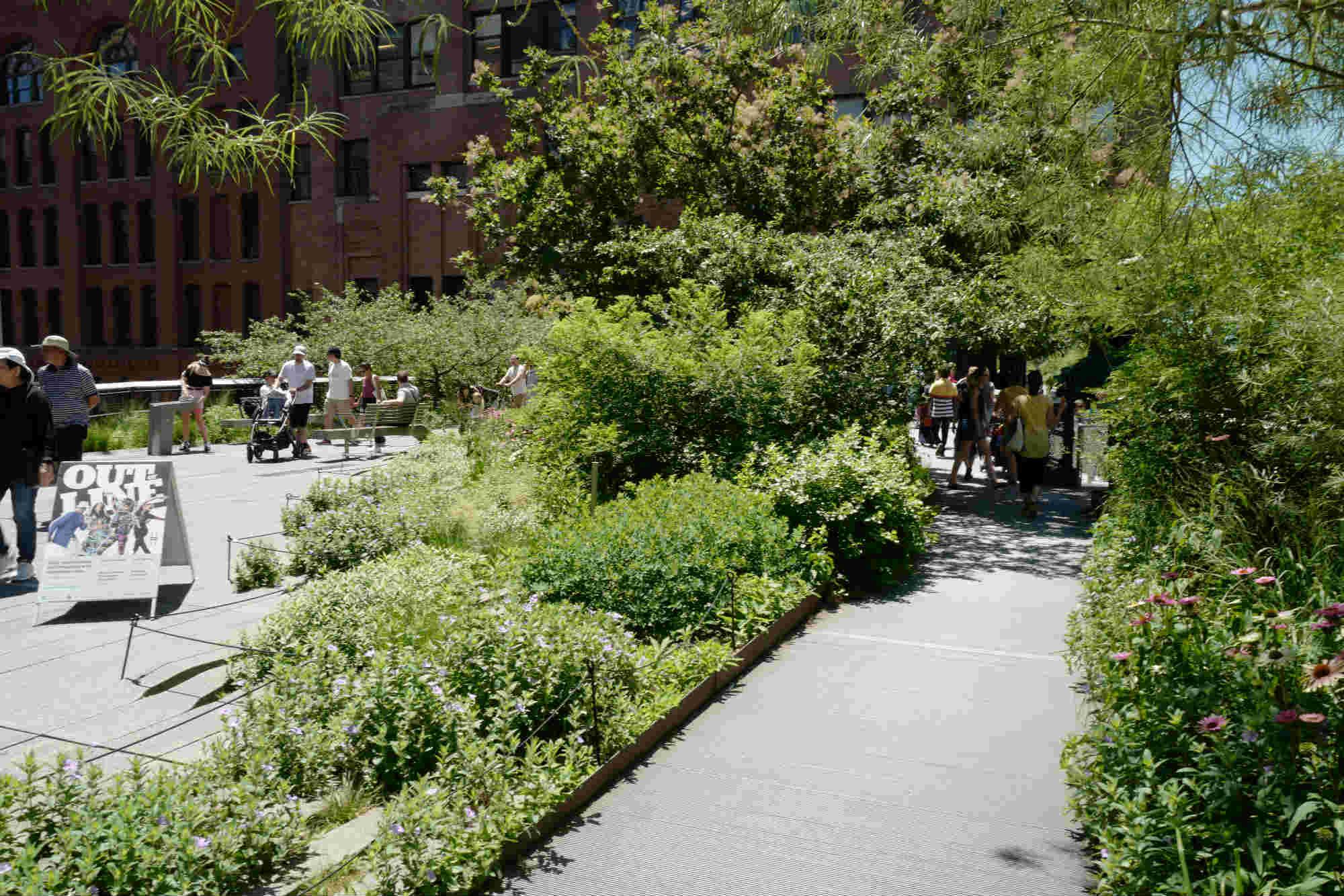 폐 철길을 공원으로 재생한 뉴욕 하이라인 ©김은혜
