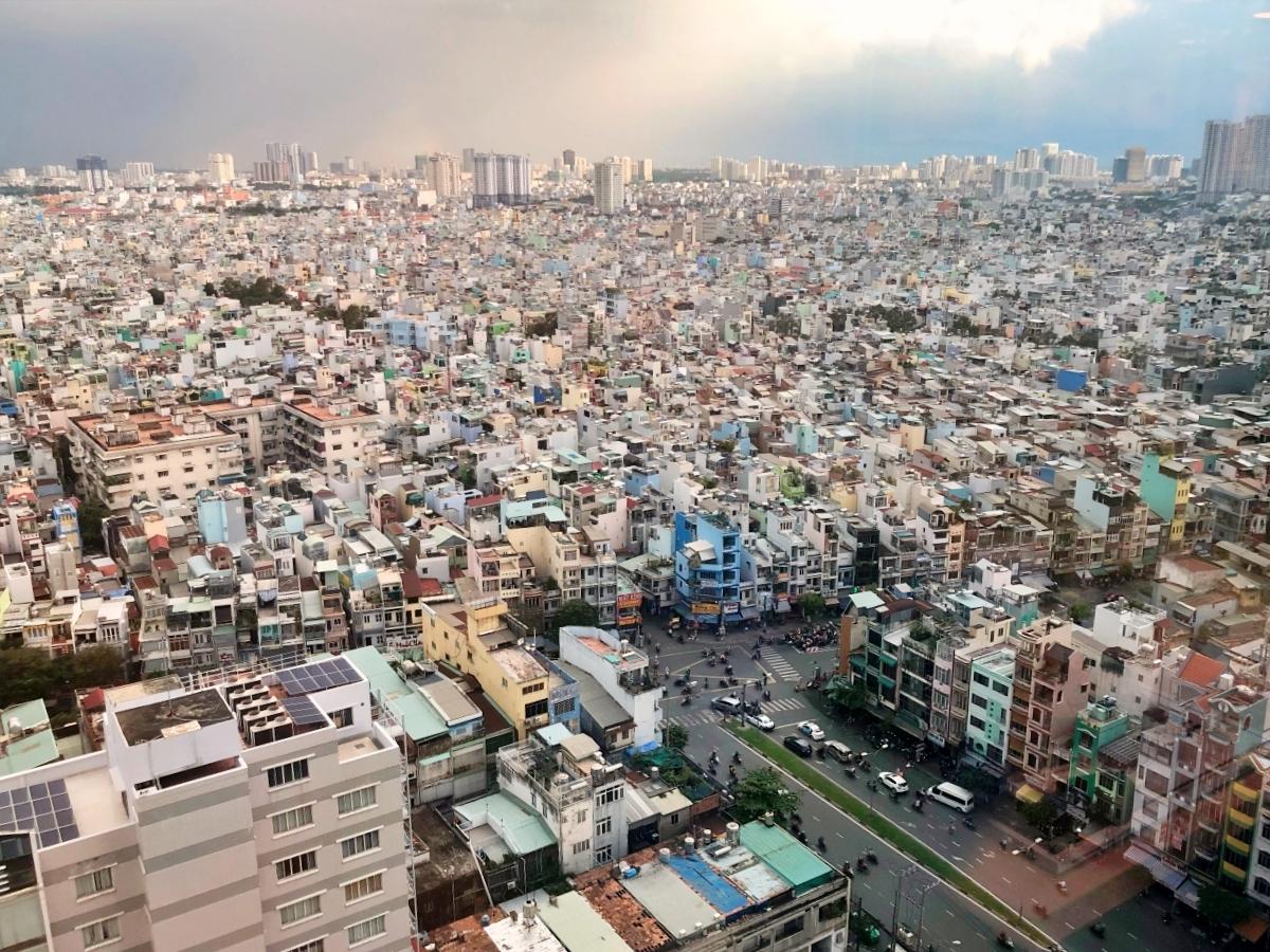 빽빽한 건물이 인상적인 베트남 호찌민 전경 ⓒ손혜진